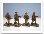 WWII German Paratroopers in Tropical Unif. Italeri _012.JPG