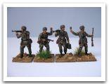 WWII German Paratroops Zvezda 004.jpg